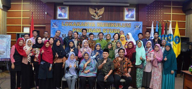 Lokakarya Kurikulum Program Studi di Politeknik Negeri Lampung
