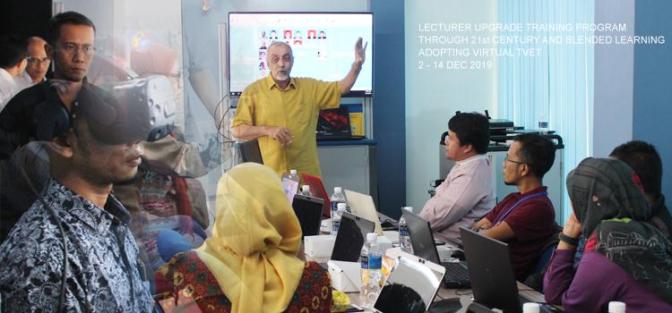 Dosen Politeknik Negeri Lampung ikuti Pelatihan Lecturer Upgrade Training Program Through 21st Century and Blended Learning Adopting Virtual TVET di Batam